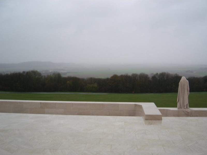 battle_of_vimy_ridge_mother_canada