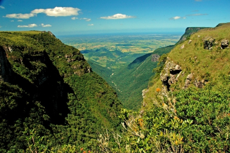 brazil_mountain_country of the week