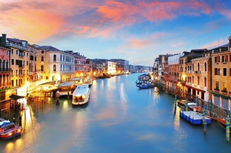 grand_canal_iconic_roads_in_Europe