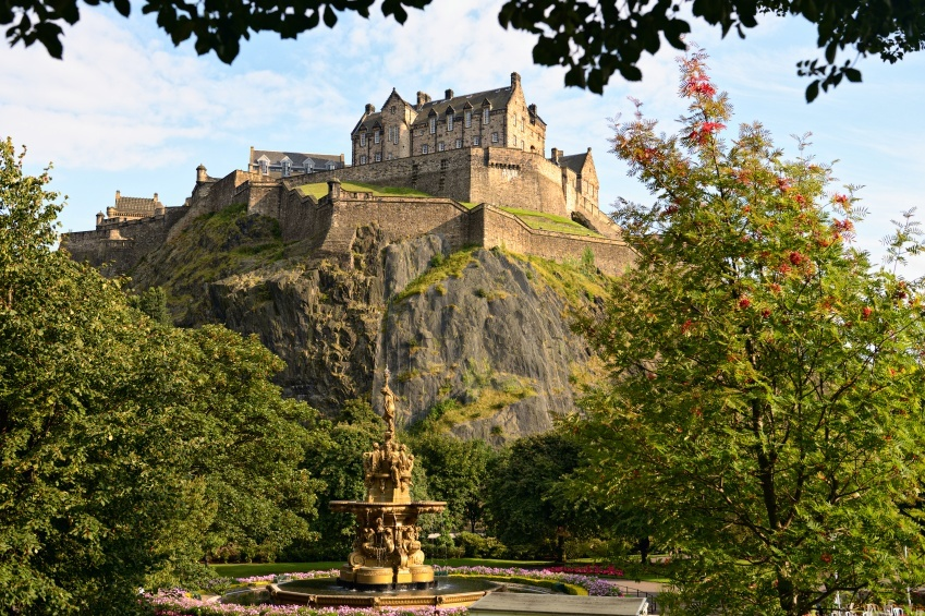edinburgh_castle_history_of_Scotland