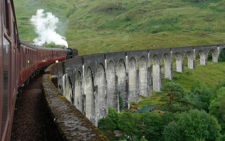 highland_train_west_highland_way
