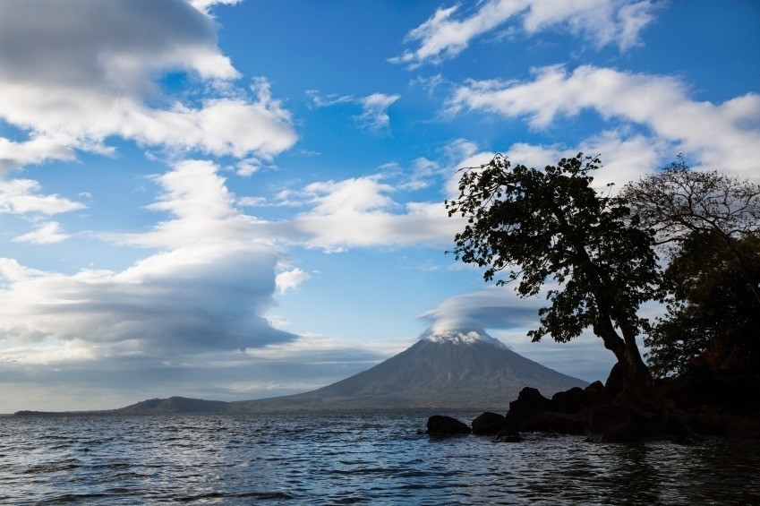 volcano in the middle of lake nicaragua