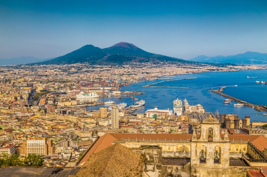 naples italy coast city vesuvius volcano