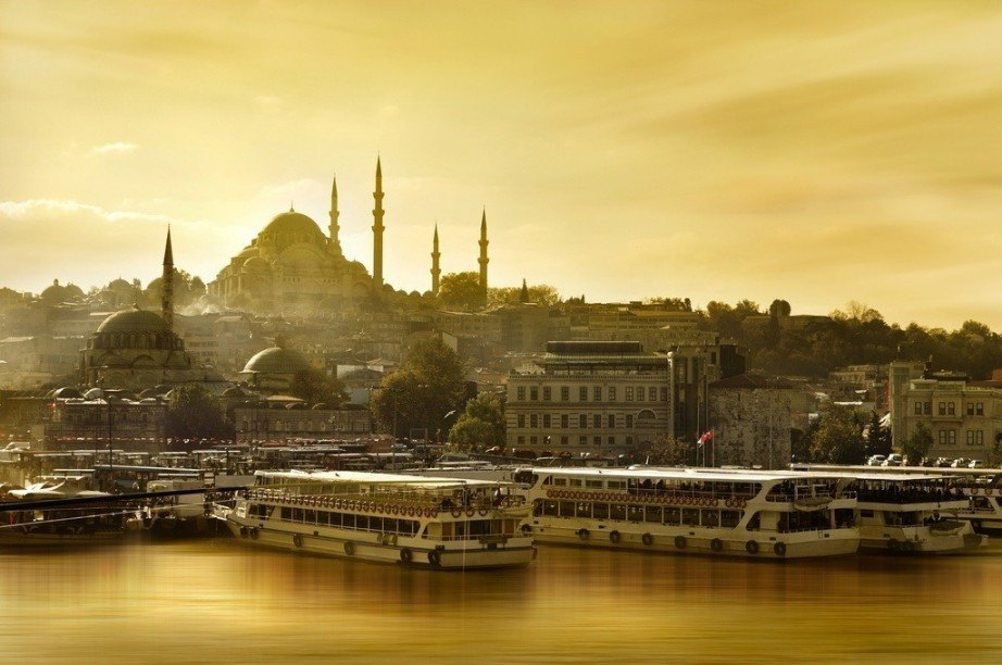 where to go in turkey istanbul mosque sunset river boat