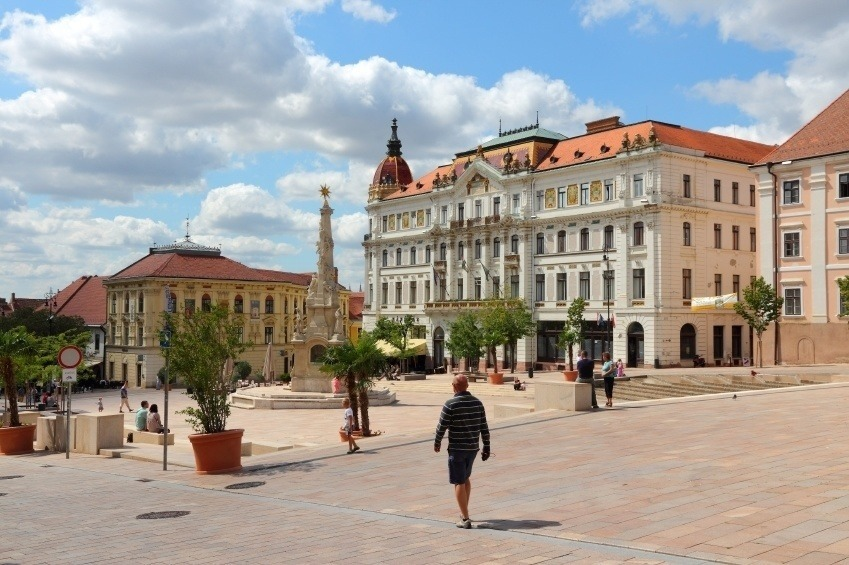 pecs hungary walking people square city
