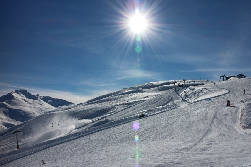 livigno italy ski resort sun snow slopes