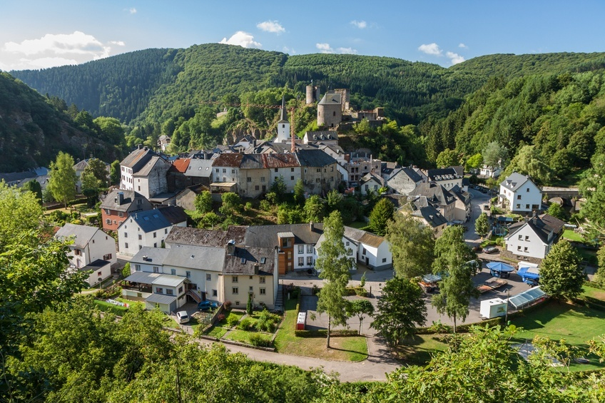 esch sur sure river town village bend luxembourg idylicc countryside rural