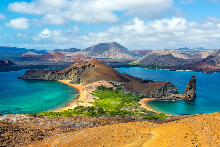 galapagos islands ecuador darwin evolution pacific ocean volcanic