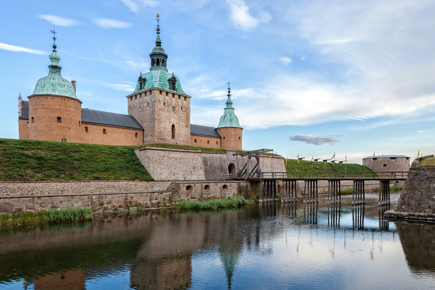 kalmar castle sweden water medieval day