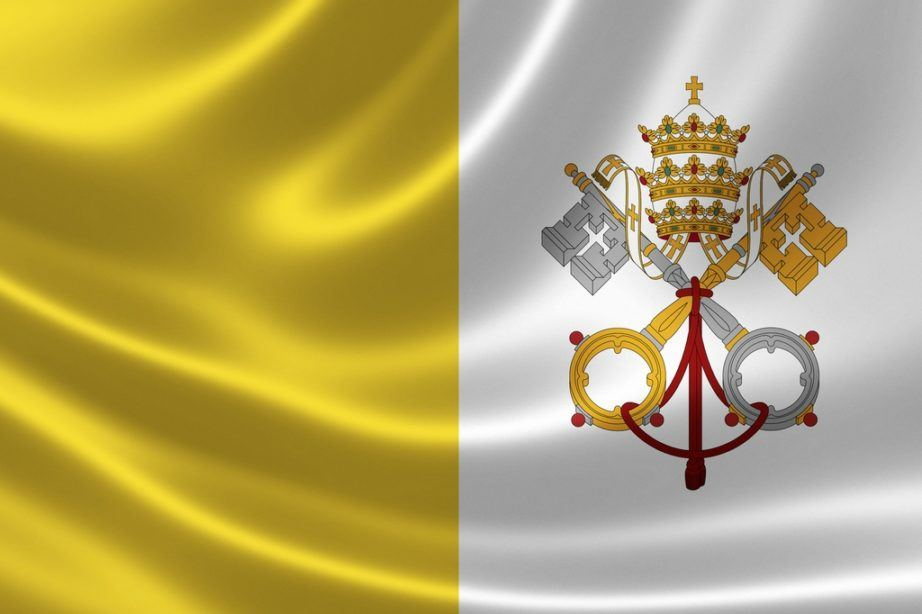 vatican city flag white yellow papal keys crest