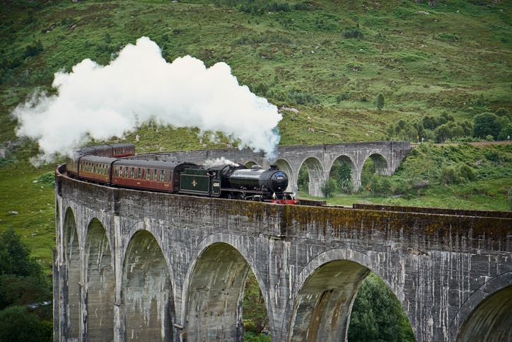 harry potter hogwarts express train scotland highlands
