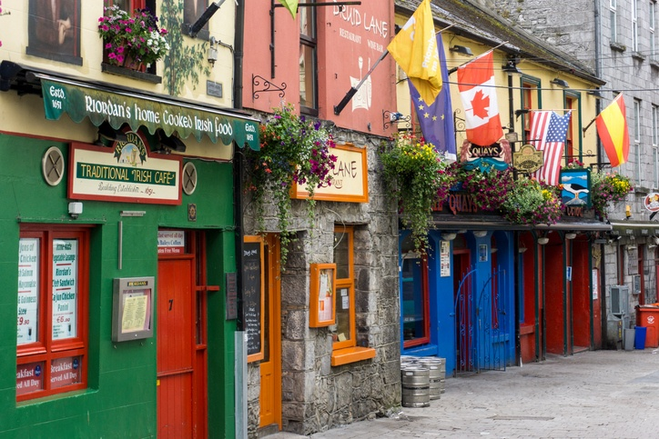 galway pub irish ireland flags traditional beer pint