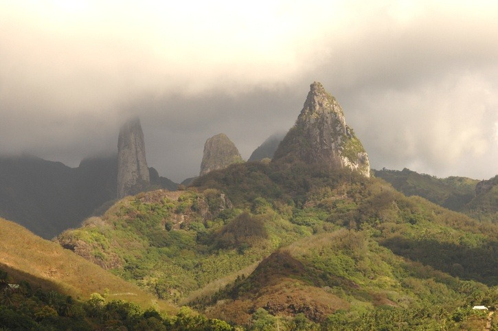 marquesas mountains landscape dramatic french polynesia peaks jagged