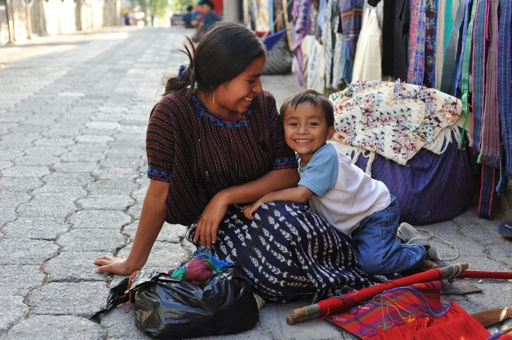 guatemala mother child culture street