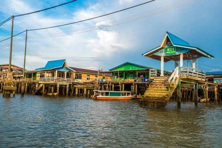 brunei water village huts boats