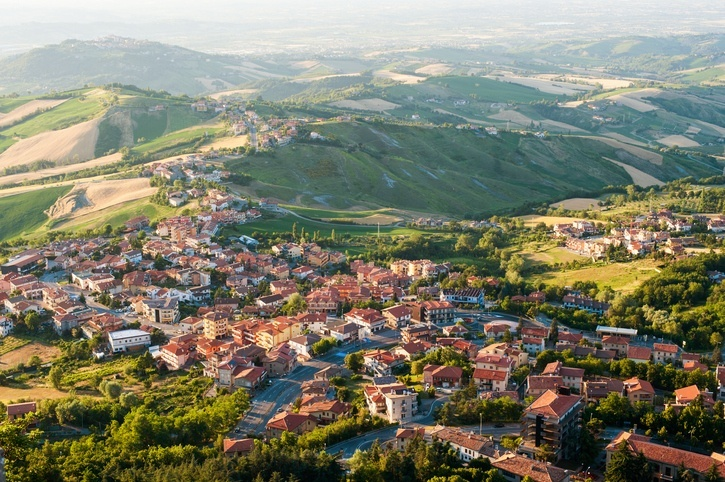 San marino travel guide to destinations prices flights for Flights to san marino italy