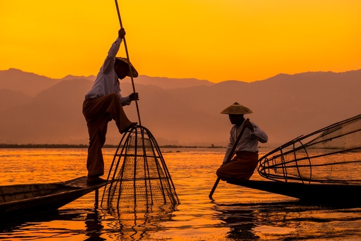 myanmar fishing boat sunset lake traditional burma