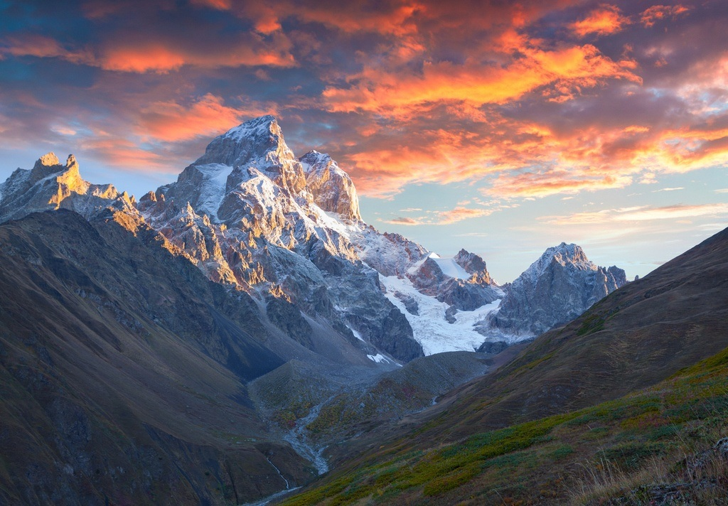 georgia travel caucasus mountains sunset snowcapped peak