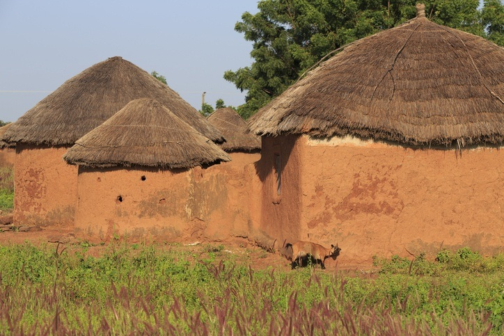 tamale village huts ghana thatched buildings