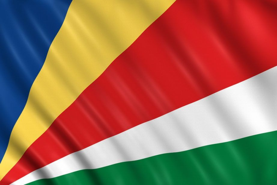 seychelles flag blue yellow red white green
