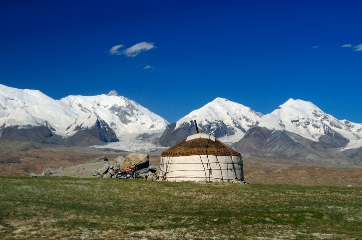 yurt tajikistan tent mountains plains nature