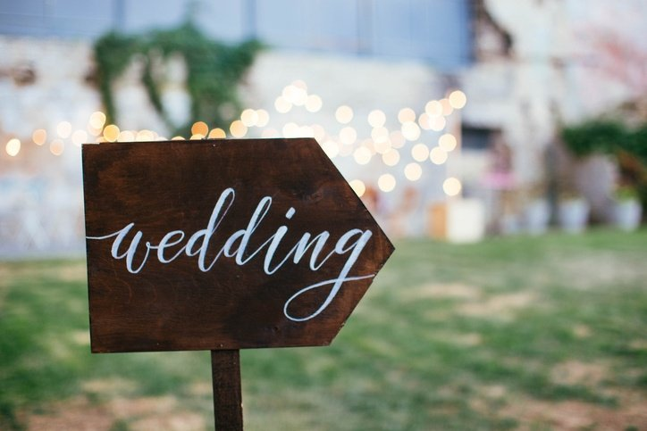 wedding sign writing post direction