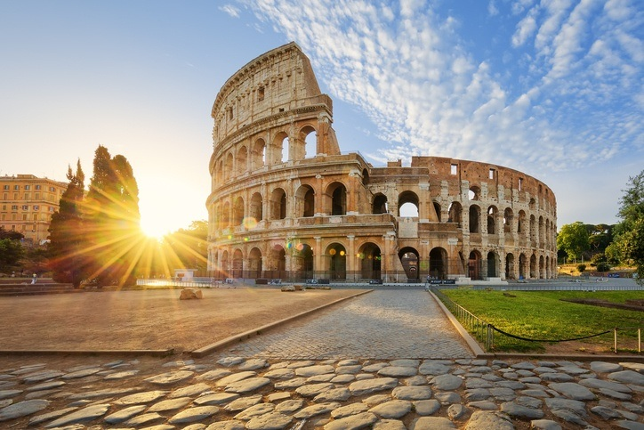 rome colosseum gladiator ancient italy